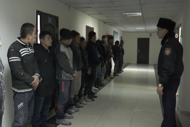 За два дня из Алматы депортированы более 50 иностранцев