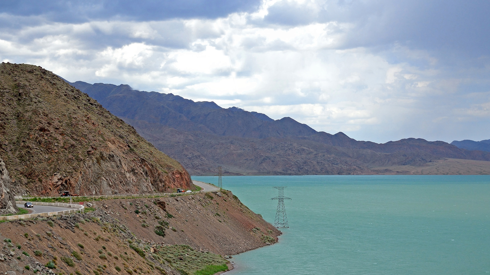 Казахстан и Кыргызстан совместно проверят безопасность двух водохранилищ