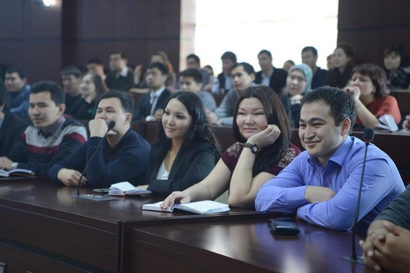 Республиканский молодёжный форум стартовал в Астане