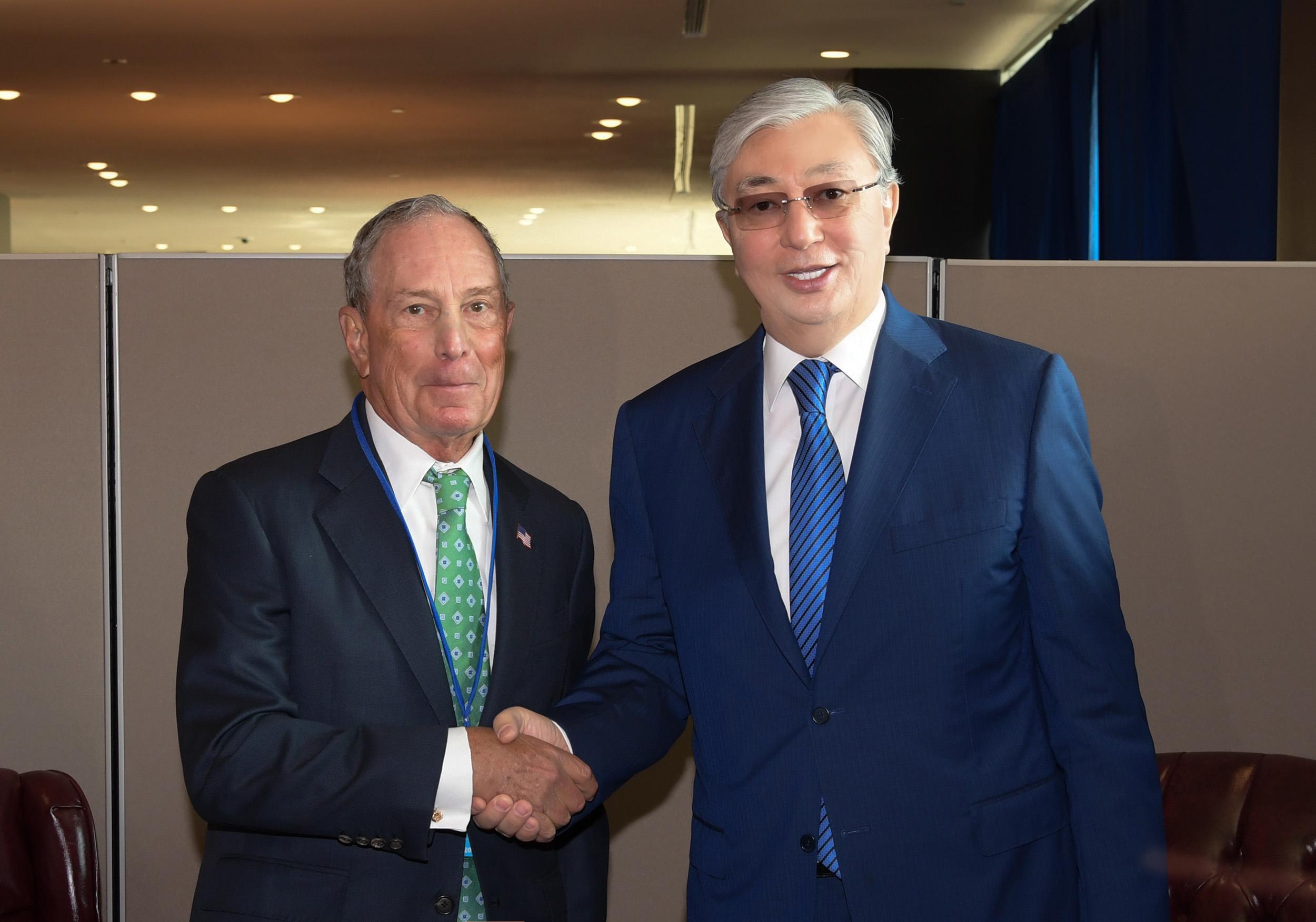 Токаев пригласил Майкла Блумберга к сотрудничеству с МФЦА