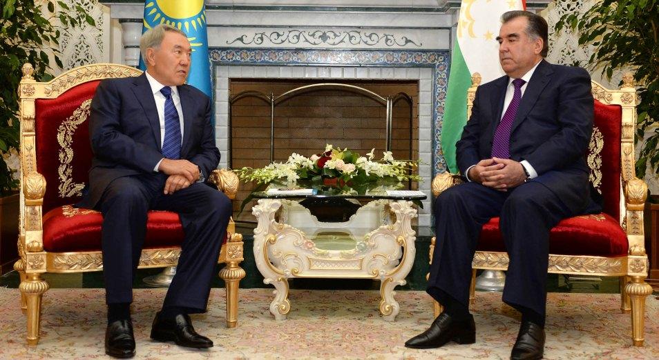 Казахстан прощупает безопасность таджикских границ