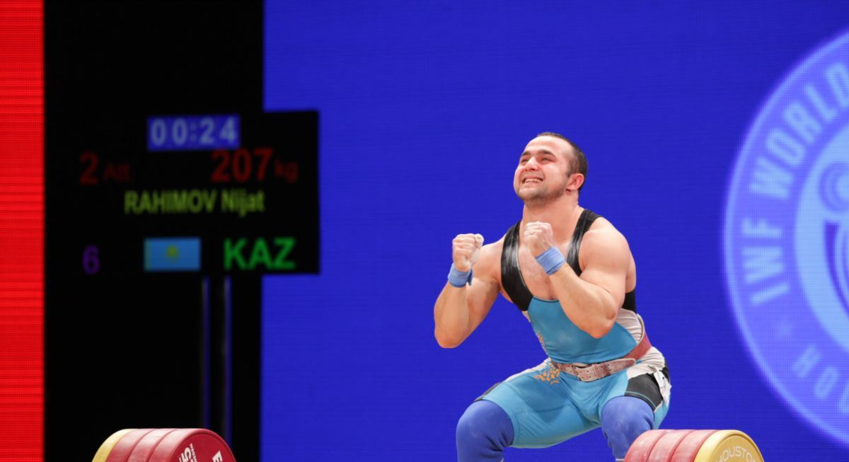 Тяжелоатлет Нижат Рахимов завоевал золото на турнире в Беларуси