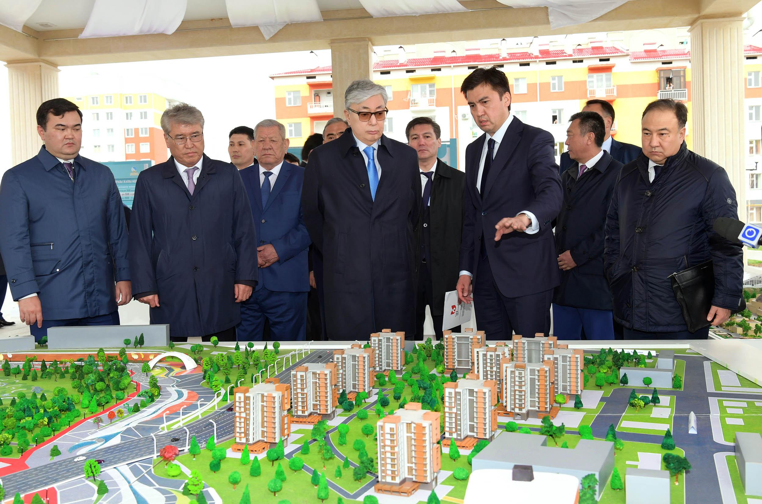 Касым-Жомарт Токаев посетил Административно-деловой центр Шымкента