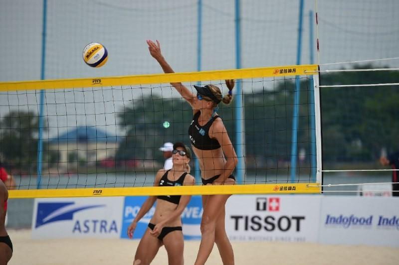 Казахстанки участвуют в турнире по пляжному волейболу Samila Open в Таиланде