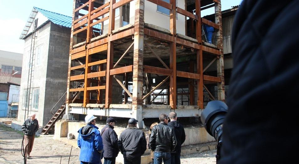 В Алматы могут снести 900 несейсмостойких зданий