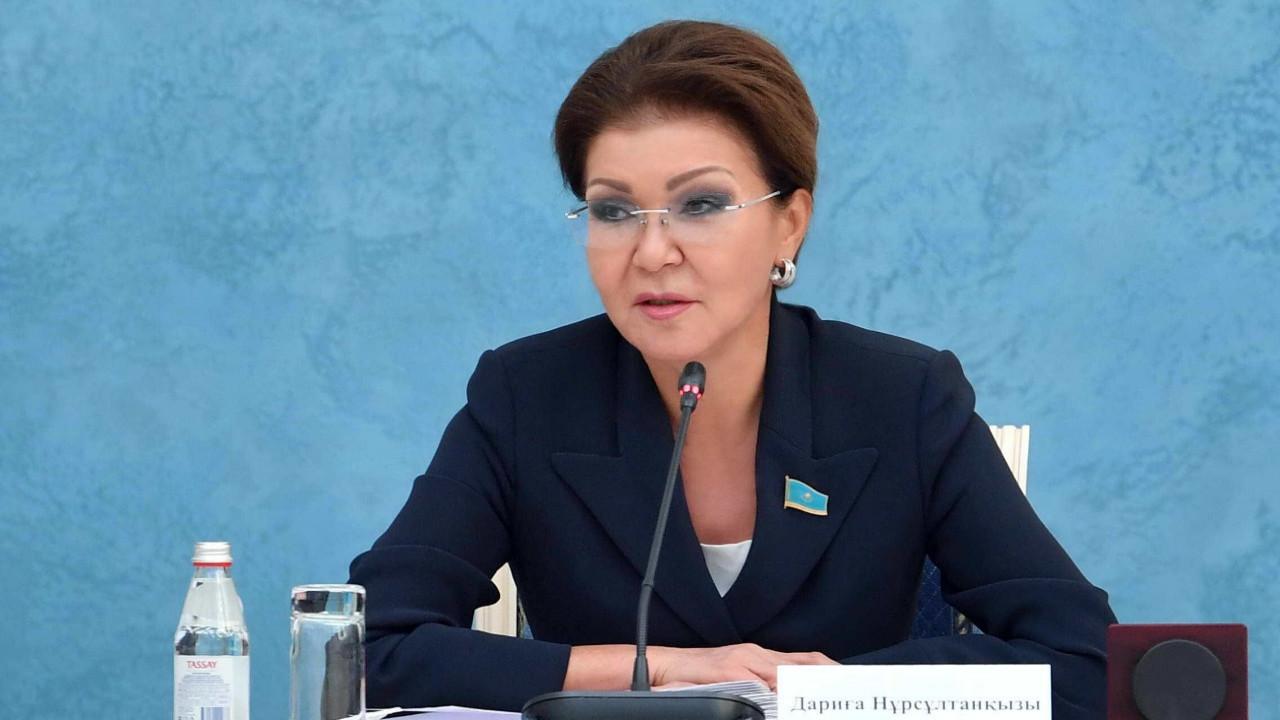 """Назарбаева призвала защищать мир в Казахстане от """"посягательств погромщиков и провокаторов"""""""