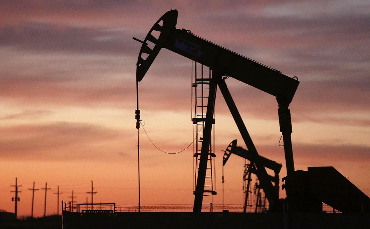 Цены на нефть умеренно повышаются