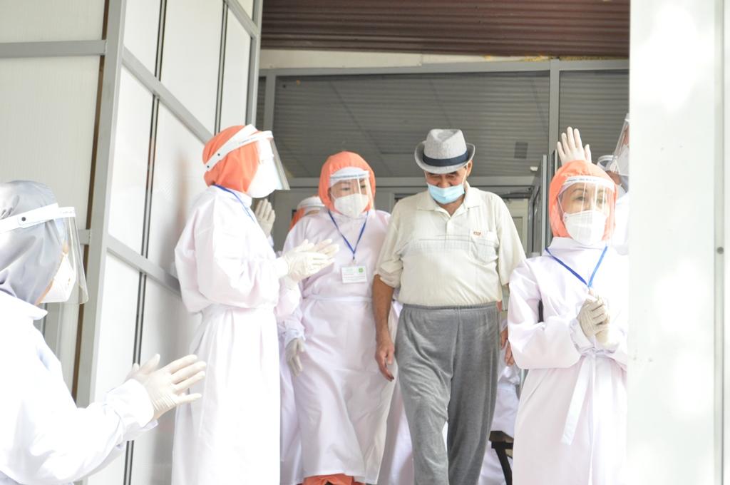 Из центрального клинического госпиталя ветеранов выписан последний пациент с Covid-19