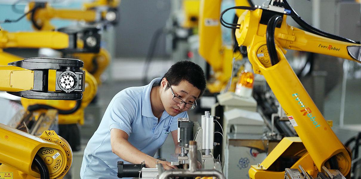 Рекордное падение промышленности в Японии