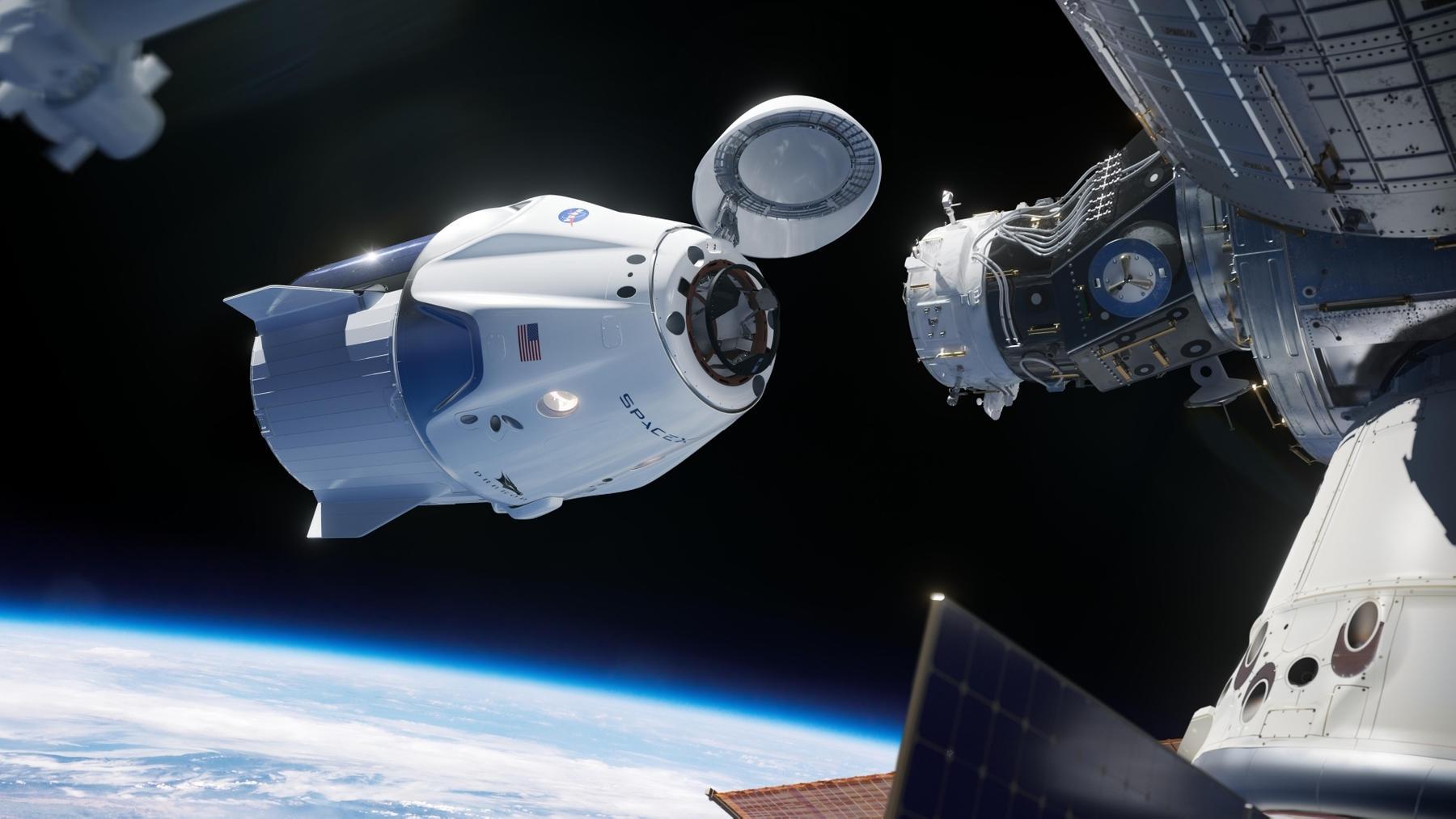 Пилотируемый космический корабль Crew Dragon сблизился с МКС перед предстоящей стыковкой