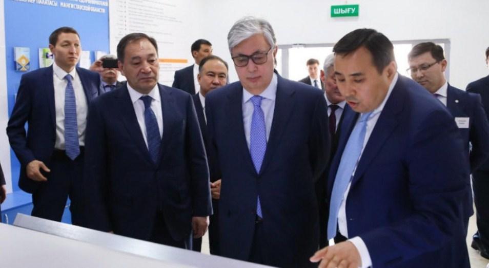 Президент посетил Центр обслуживания предпринимателей Актау