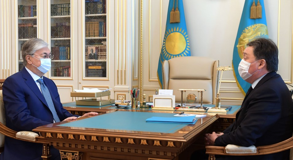 Мемлекет басшысы Премьер-Министр Асқар Маминді қабылдады
