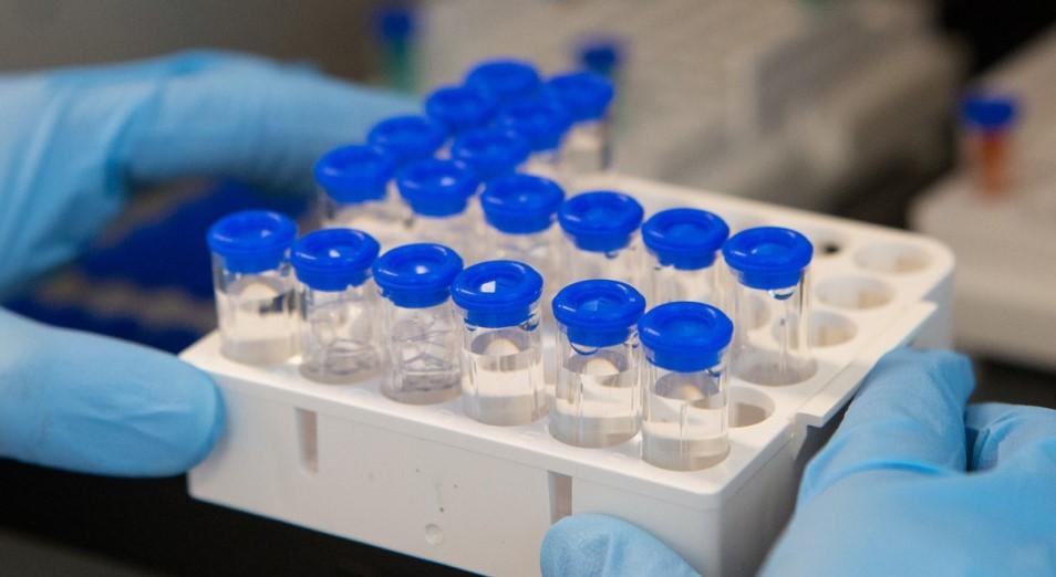 Нефть падает на осмыслении реального срока выхода вакцины в массы