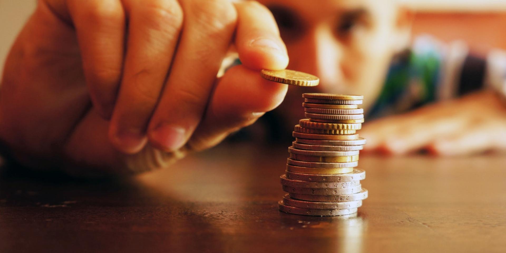Казахстанцы теряют доходы и покупательную способность