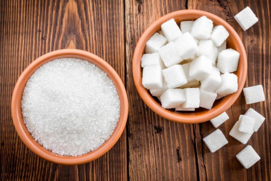 Власти Китая призывают граждан сократить объем потребления соли, масла и сахара