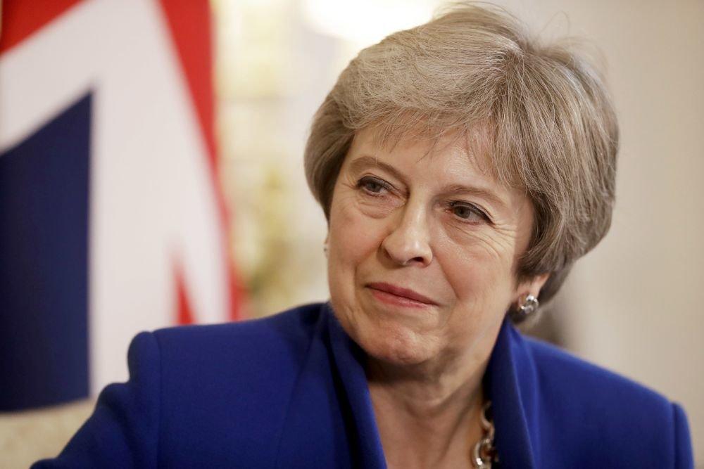 """Тереза Мэй собирается сделать британским депутатам """"смелое предложение"""" по Brexit"""