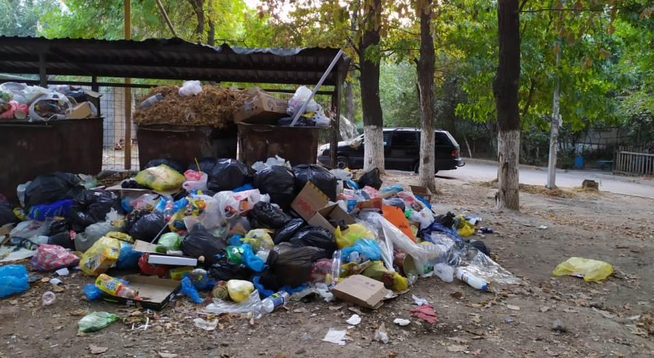 Неправильно проведенные госзакупки превратили Шымкент в мусорный город