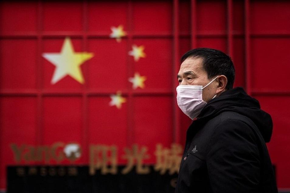 Қытайда 100 миллионнан астам адам карантинге қайта жабылды