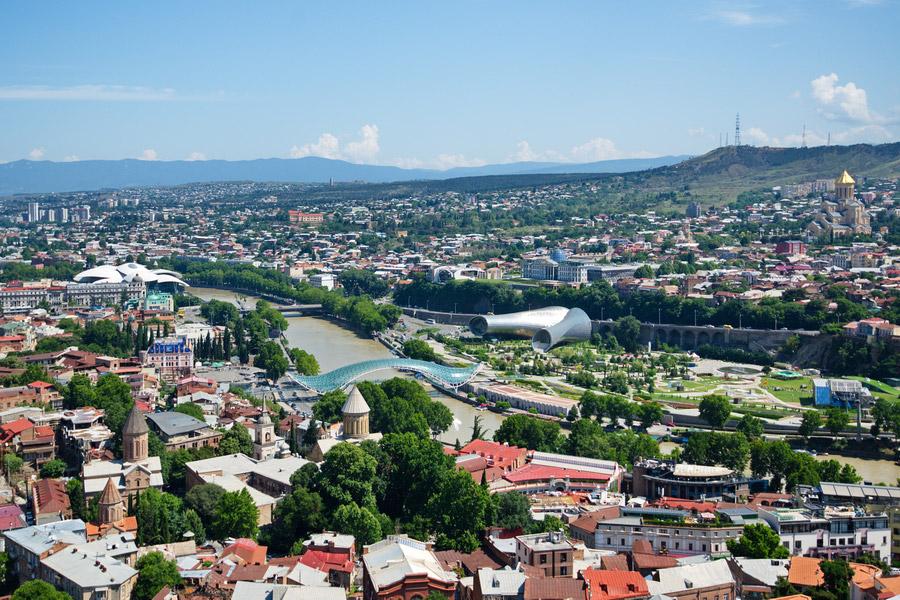 Казахстанцы стали чаще посещать Грузию