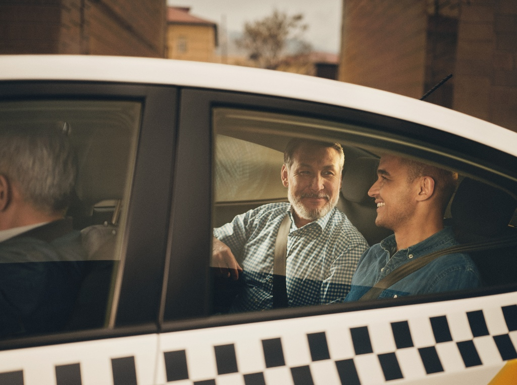 """""""Яндекс.Такси"""" поможет небольшим компаниям организовать рабочие поездки"""
