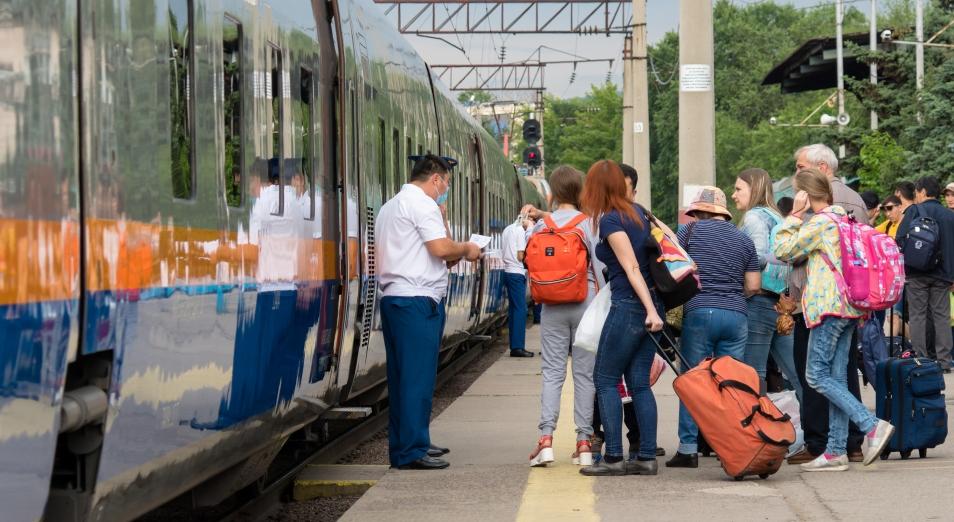 Ж.-д. перевозчики не смогут резко поднимать стоимость билетов