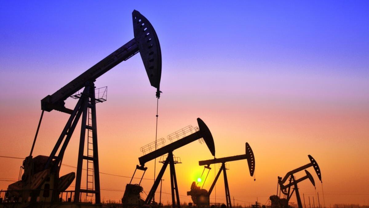 Рост спроса на нефть в «выздоровевшей» Азии укрепляет уверенность инвесторов в казахстанской валюте