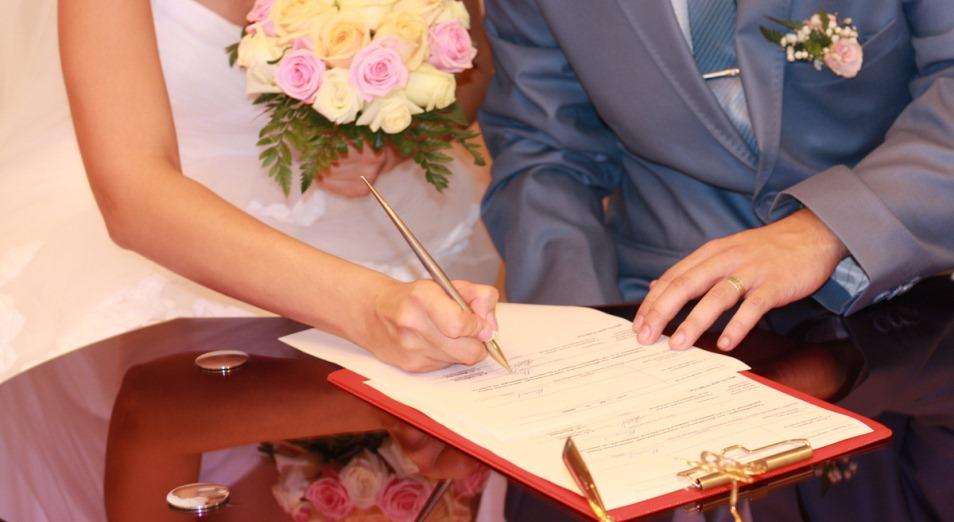 Процедуру регистрации брака намерены сократить до трёх дней
