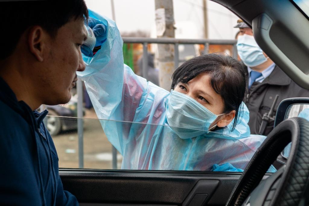 К водителям Алматы ужесточили требования из-за распространения коронавируса