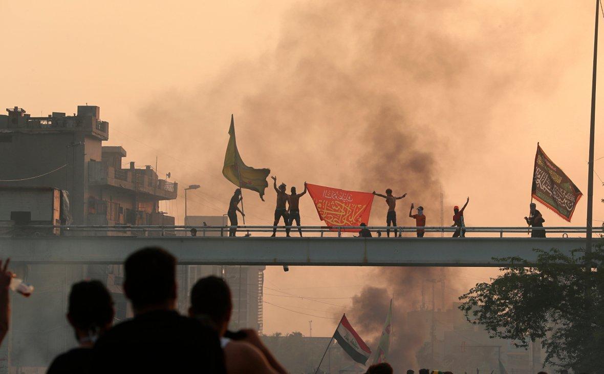 Жертвами массовых протестов в Ираке стали уже более 40 человек