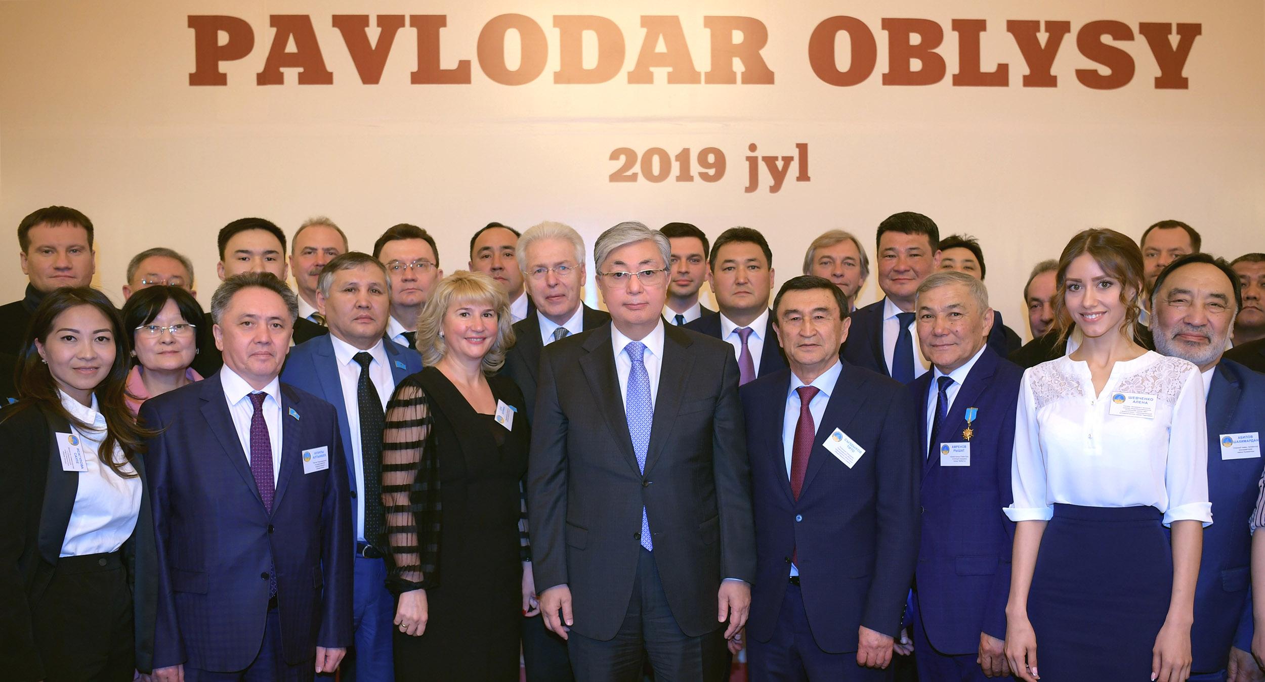 Президент поручил усилить меры по поддержке трудовых переселенцев в Павлодаре
