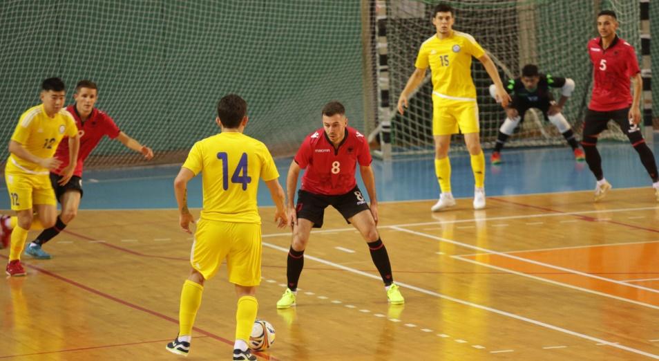 ЧМ по футзалу: Казахстан возглавил группу 5
