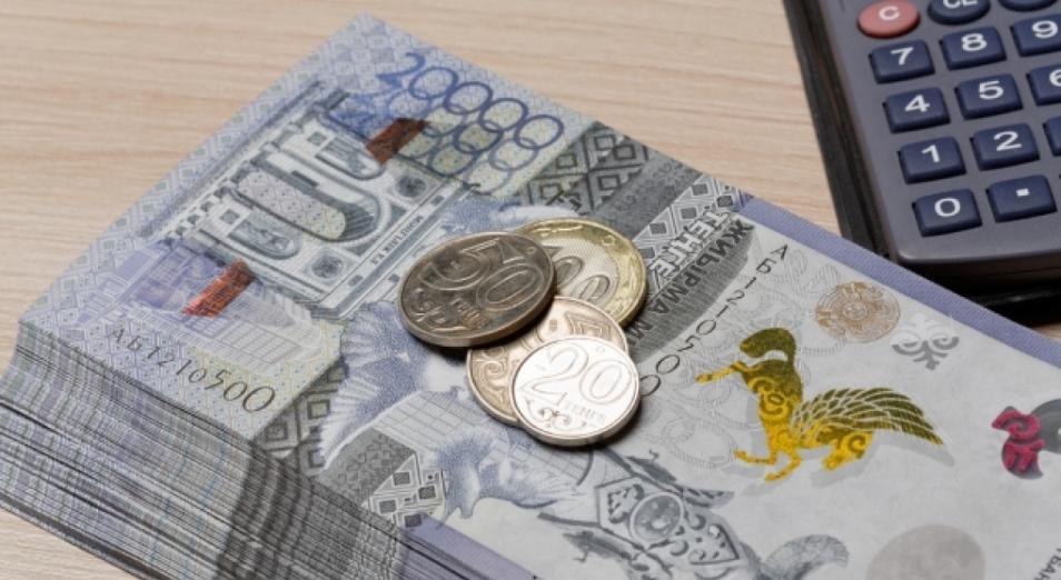 Цены на нефть обеспечили тенге незначительное укрепление