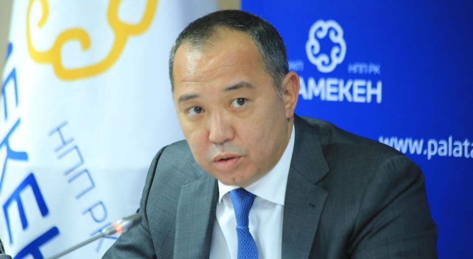 Бизнес-омбудсмен Рустам Журсунов просит приостановить проверки бизнеса