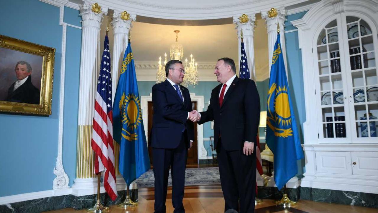 США считают Казахстан ключевым партнером в поддержании безопасности в Центральной Азии – Помпео