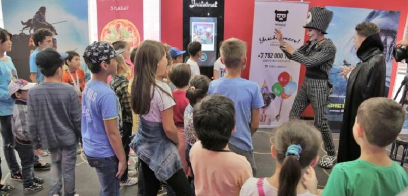 Благотворительные показы для детей прошли в кинотеатрах Астаны