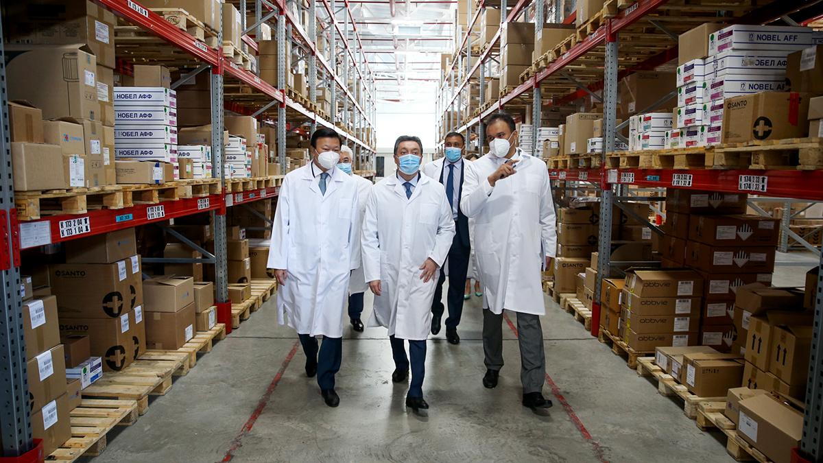 В Казахстане формируют двухмесячный запас лекарств на случай второй волны COVID-19
