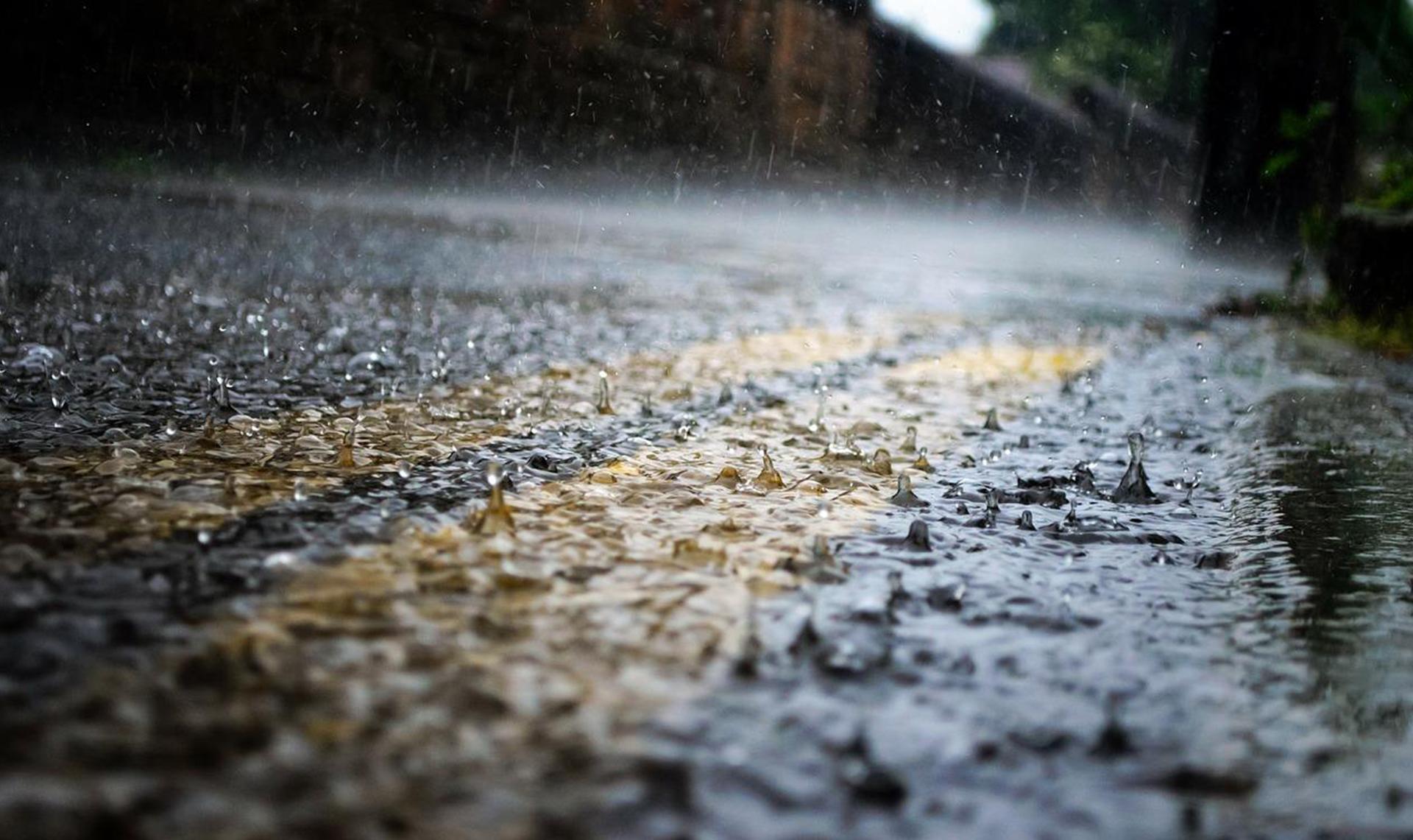 Погода в Казахстане: на большей части страны ожидаются дожди с грозами
