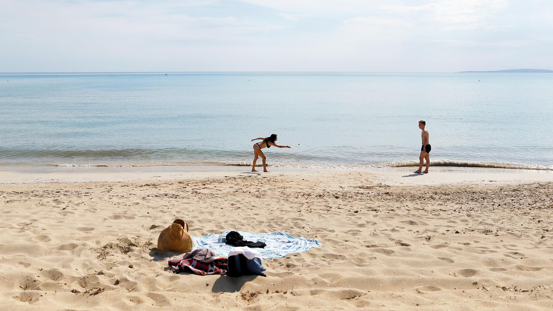 В Боровом и Зеренде на территории туробъектов открылись пляжи