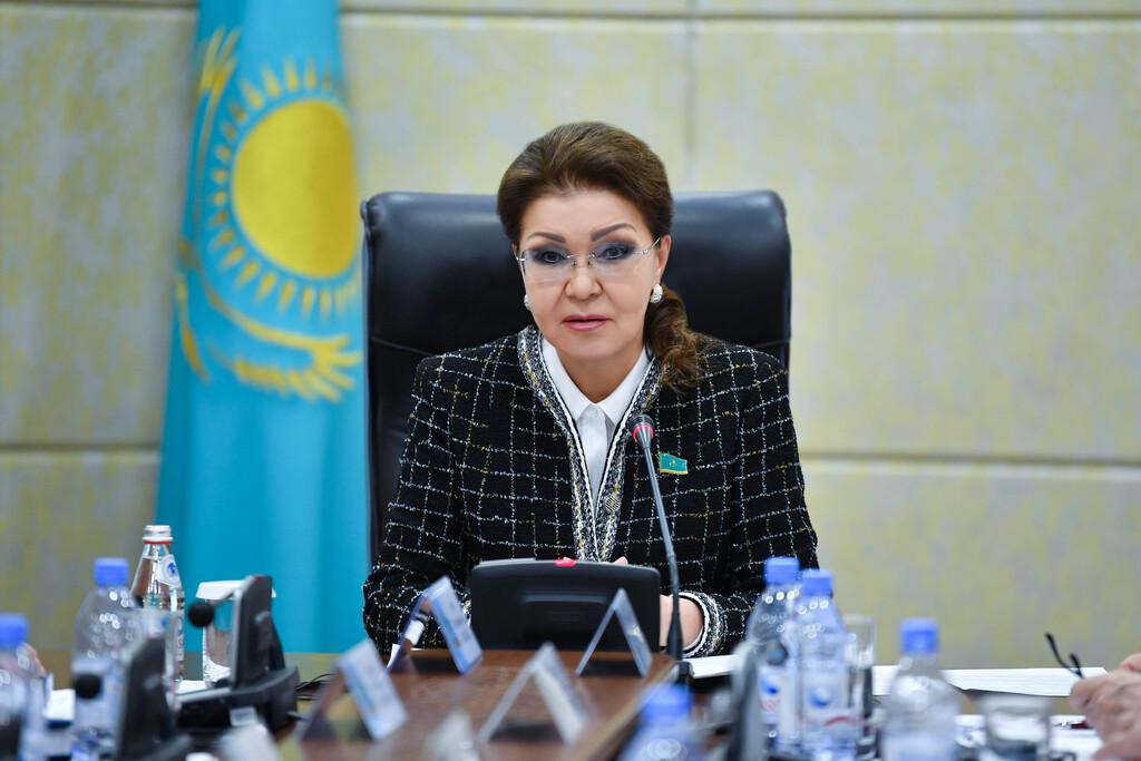 Назарбаева: если колледжей в стране много, то надо сокращать, а оставшиеся обеспечить всем необходимым
