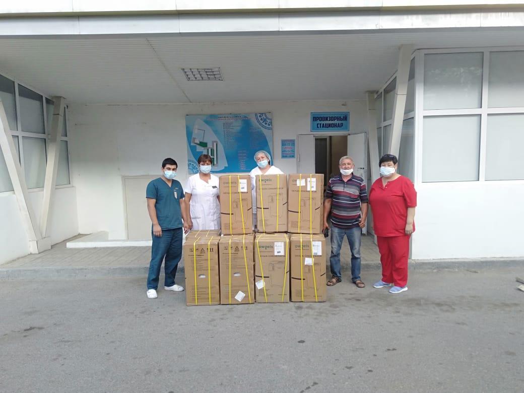 Выпускники Кентау подарили больнице девять кислородных концентраторов