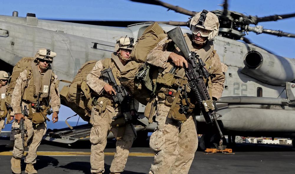 """США нанесли несколько ударов по объектам """"Катаиб Хезболлах"""" в Сирии и Ираке"""