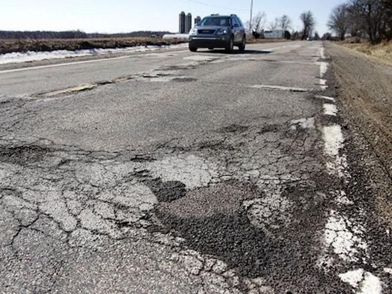 К 2021 году в ВКО планируется довести уровень дорог в хорошем состоянии до 80%