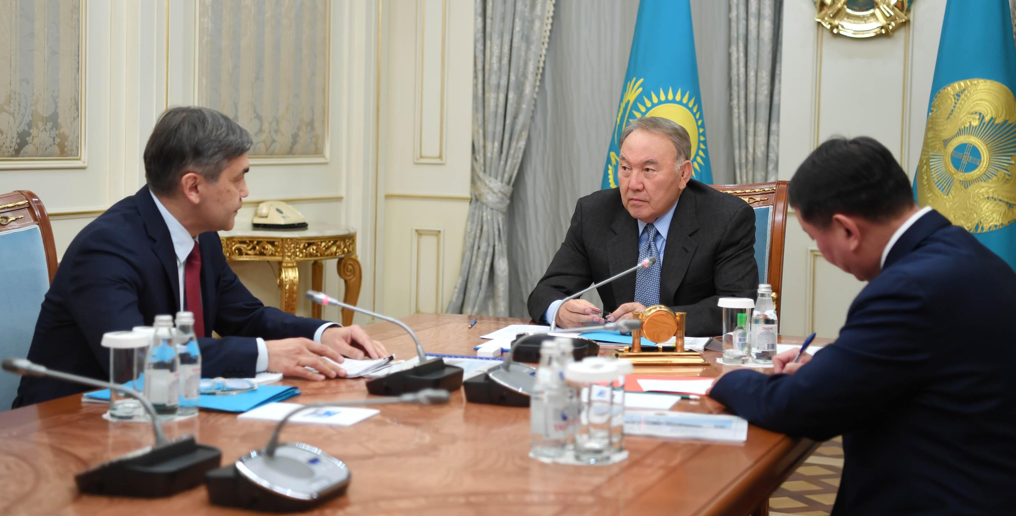 Министр обороны РК доложил Назарбаеву о деятельности казахстанцев в миротворческих миссиях