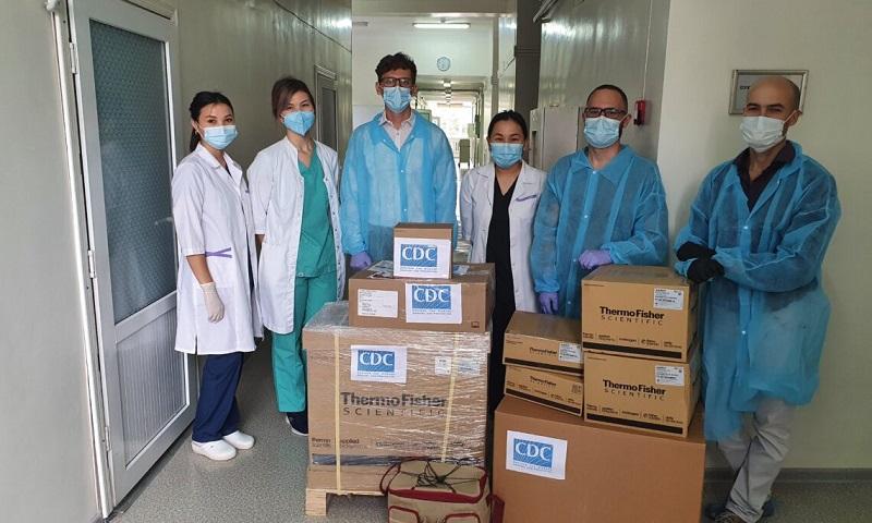 Две лаборатории в Алматы получили от США оборудование для ПЦР-тестирования