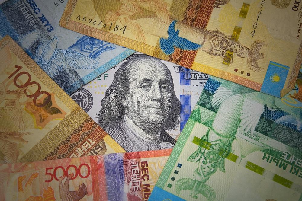 В 2020 году казахстанцев мало интересовала покупка валюты