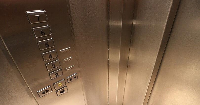 В Нур-Султане необходимо заменить почти 80 лифтов