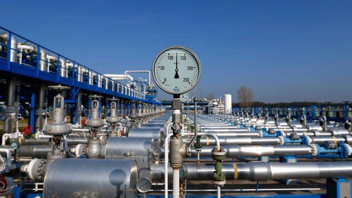 Экспорт газа в Китай сокращен на 20%
