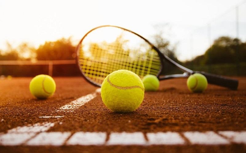 Запущено приложение «правила тенниса»