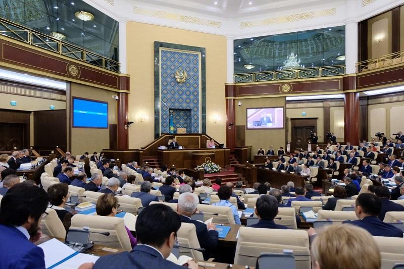 Депутаты Парламента продлят сессию до 5 июля