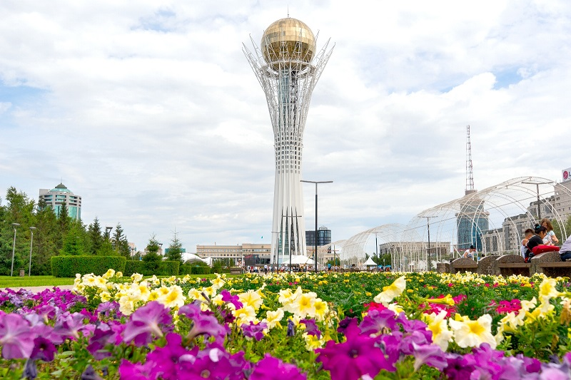 Погода в Казахстане: предстоящие выходные будут по-летнему теплыми